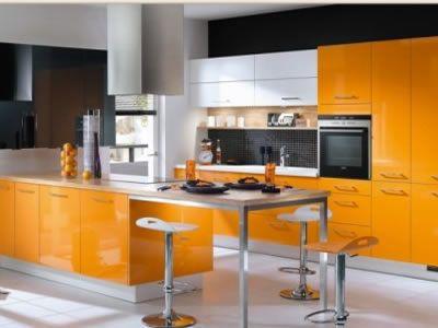 Cozinha com móveis Laranja